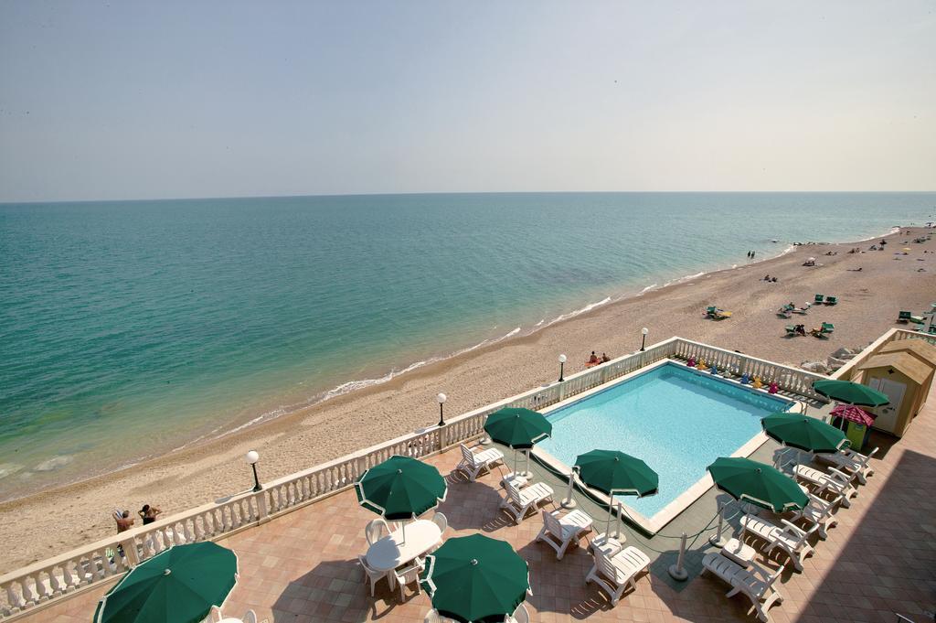 Le Marche – Hotel midden op het strand aan de Adriatische Zee